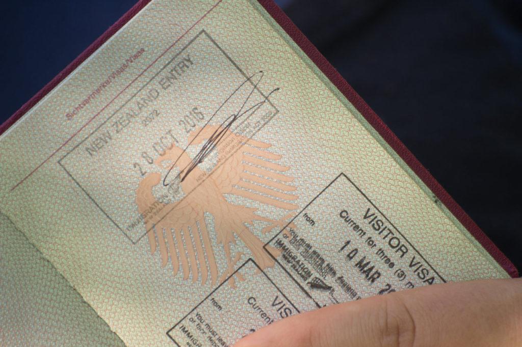 Stempel im Reisepass Working Holiday Visum Neuseeland