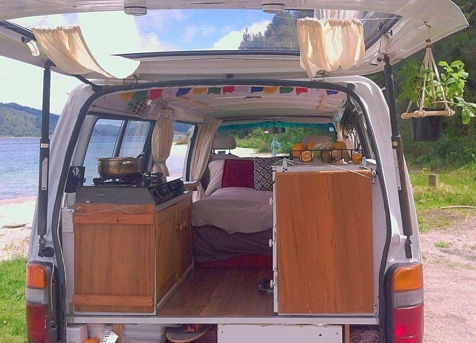 Autokauf in Neuseeland Innenansicht Minivan