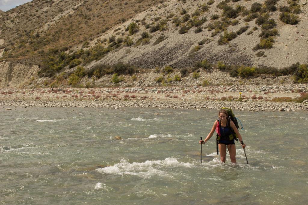 Flussdurchquerung auf Te Araroa