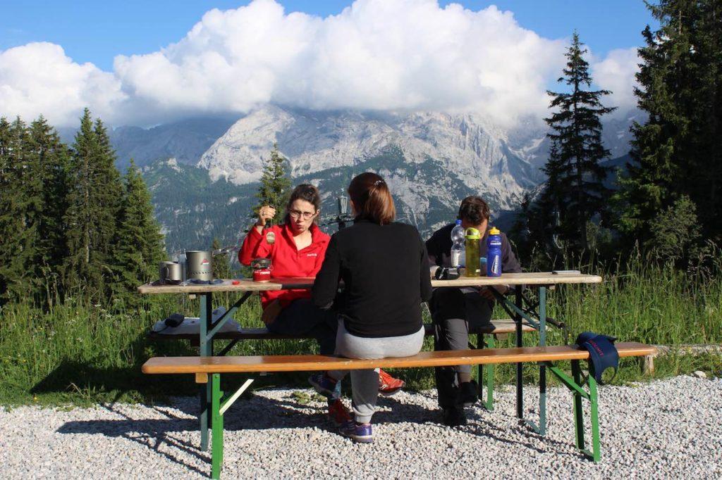 Abendessen Alpenüberquerung L1
