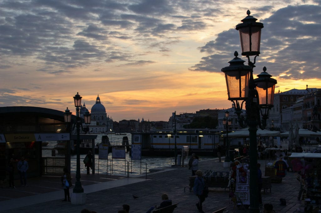 Venedig am Wochenende Sonnenuntergang