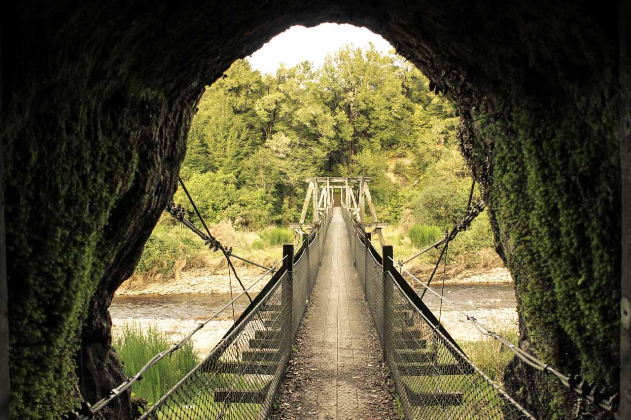 Nelson Creek Campsite in Neuseeland mit Goldgräberminen