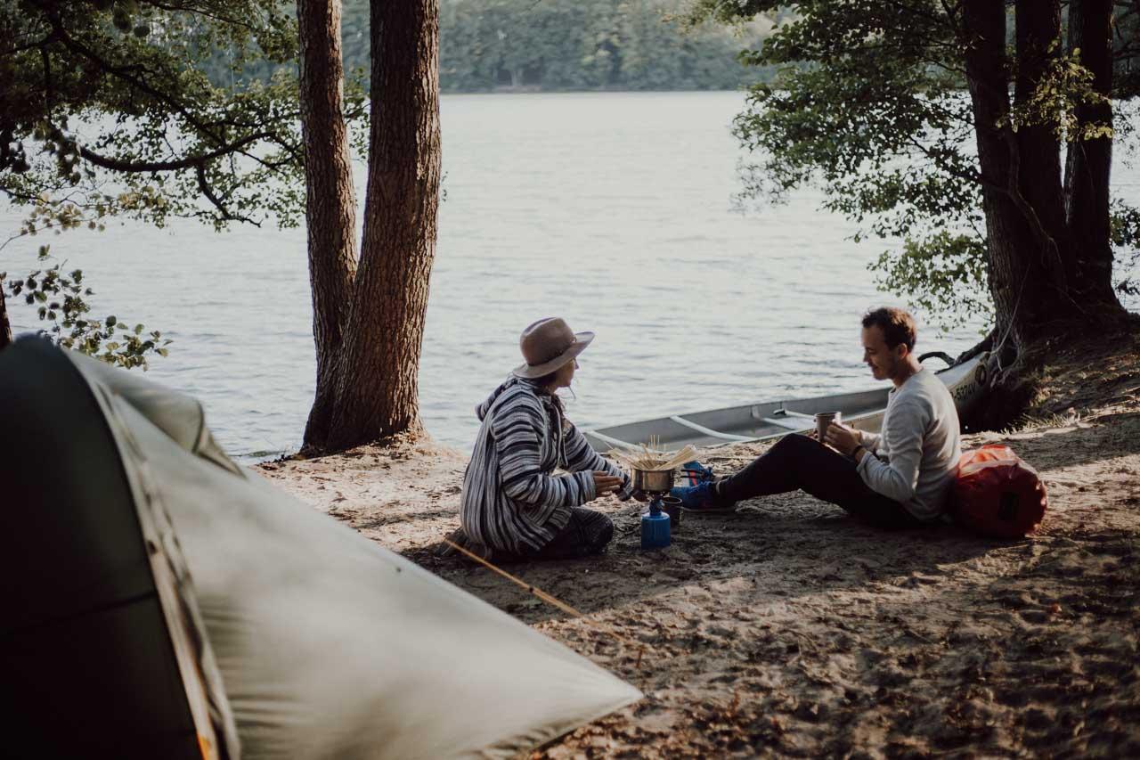 Camping am Wasser auf der Mecklenburgischen Seenplatte