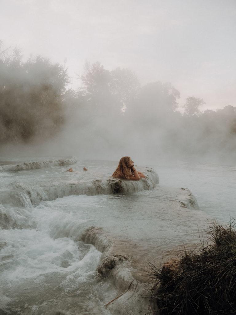 Im heißen Wasser die Seele baumeln lassen