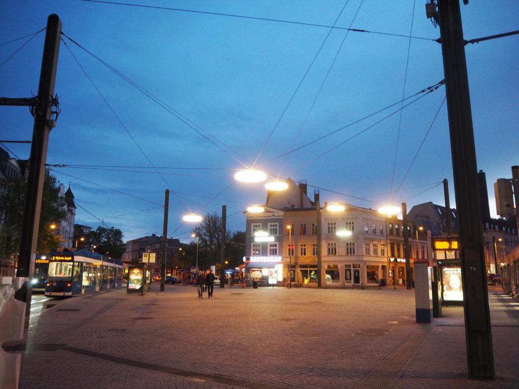 Der Doberaner Platz bei Nacht